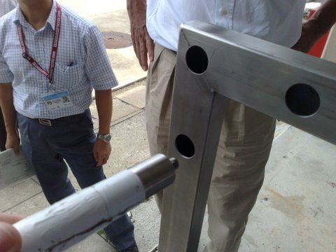 Image:Adjustable_handles.jpg