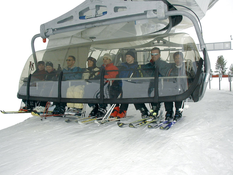 Image:Carrier ski lift.jpg